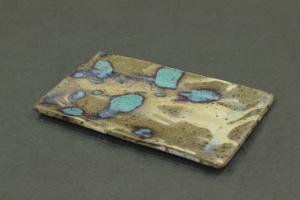 momoiro角皿